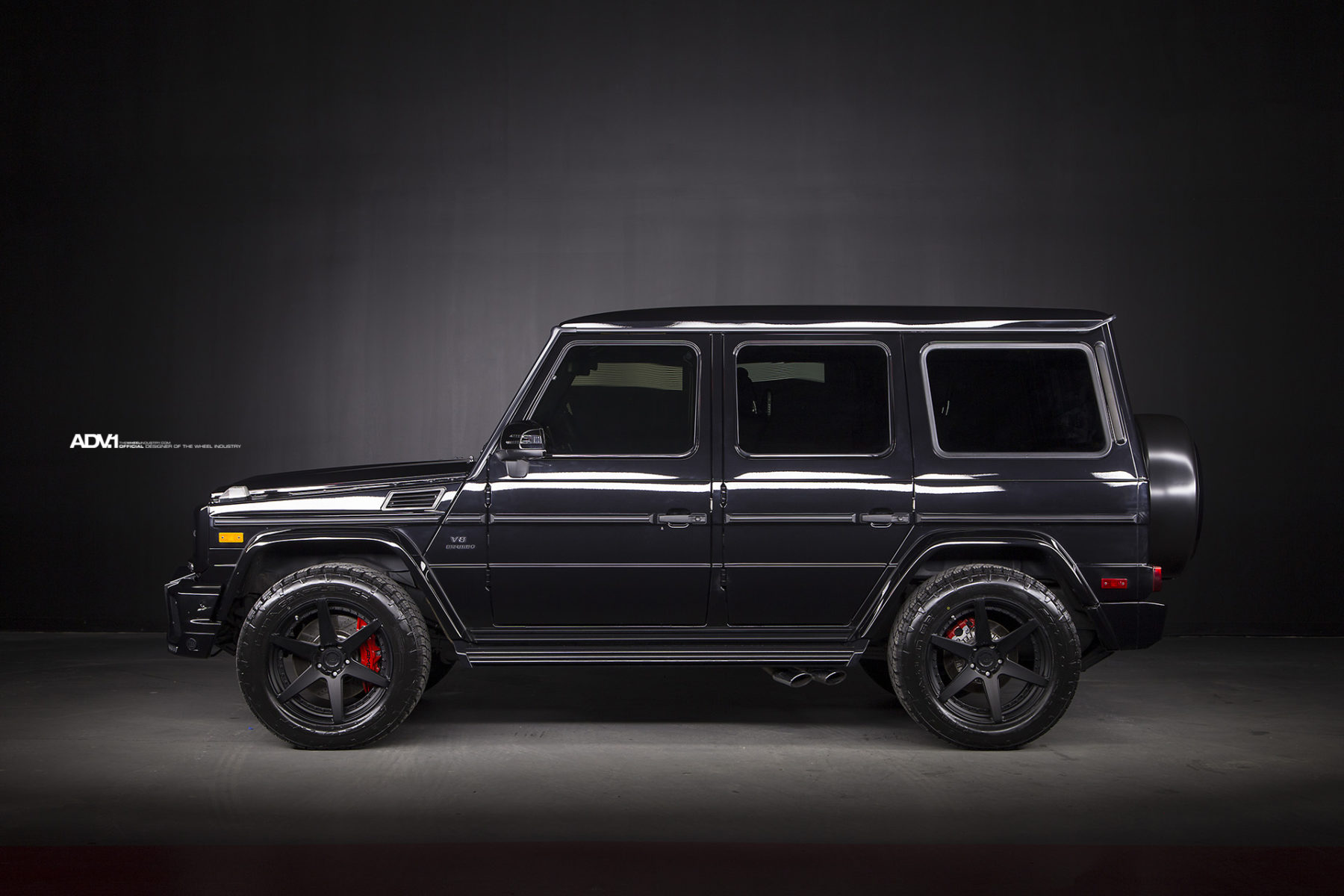 Brabus mercedes benz g63 amg gets refined with adv 1 for Mercedes benz g wagon black matte