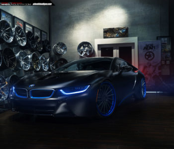 Sophisto Gray BMW i8 – ADV15R Track Spec SL Forged Wheels
