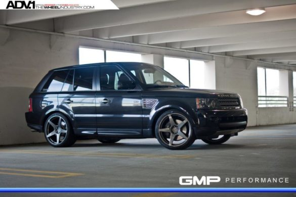 Black Range Rover SPORT with ADV5.1 MV.1 Wheels