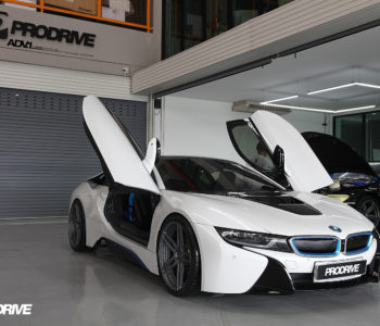 Crystal White Pearl Metallic BMW i8 – ADV05 M.V2 CS Concave Forged Wheels