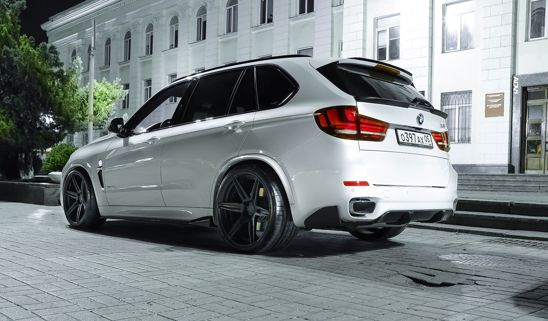 Alpine White Bmw F15 X5 M Adv6 M V2 Cs Concave Forged