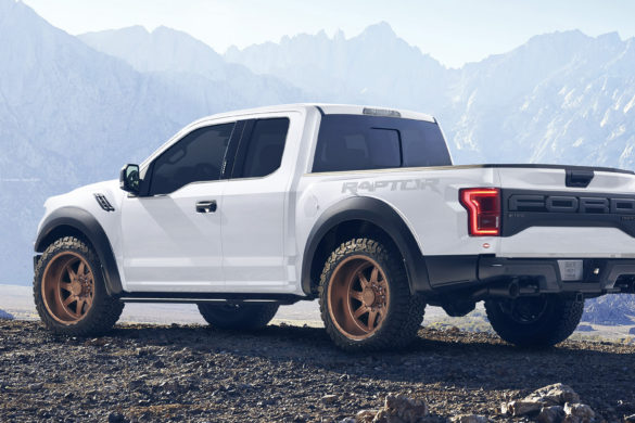 Rendering: White Ford F150 Raptor – ADV08R Truck Spec HD Wheels