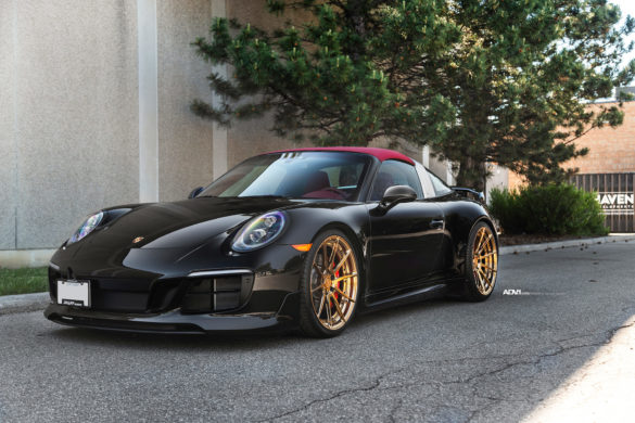 Black Porsche 991 Targa - ADV10 M.V2 CS Series Wheels