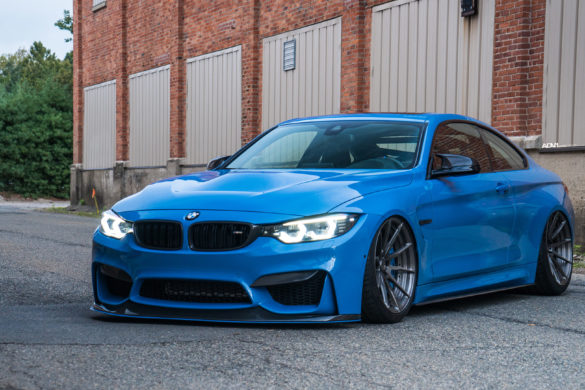 Yas Marina Blue BMW M4 - ADV10 M.V2 CS Series Wheels