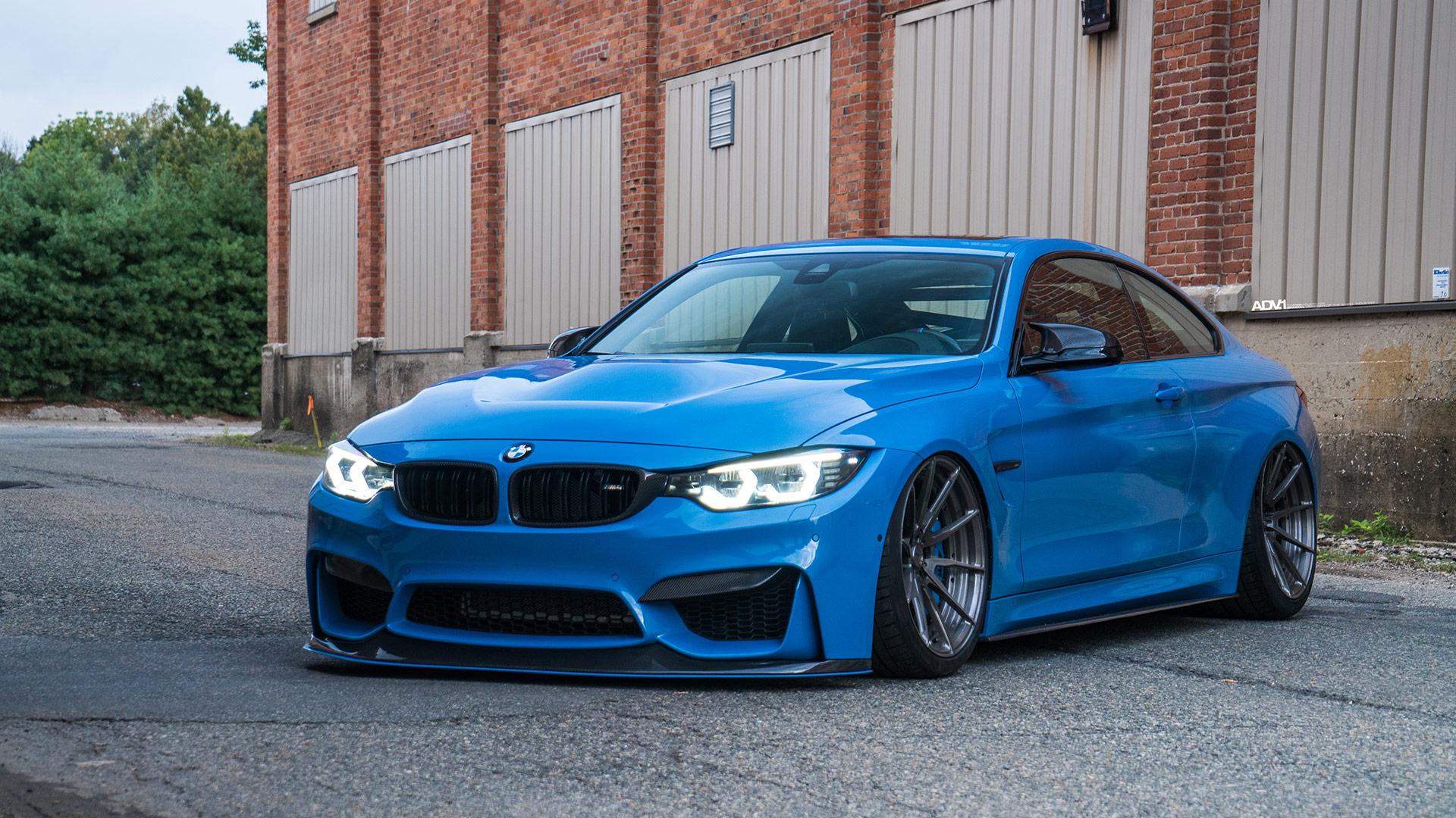 Yas Marina Blue BMW M4 - ADV10 M.V2 CS Series Wheels