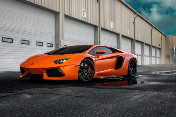 Orange Lamborghini Aventador - ADV5.0 M.V2 Standard Series Wheels