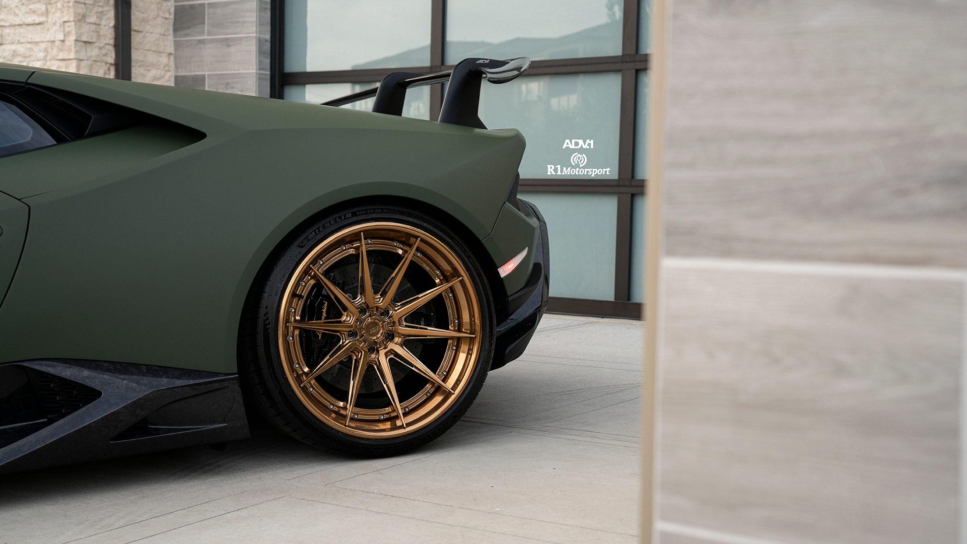 Matte Army Green Lamborghini Huracán - ADV10 Track Spec Advanced Series Wheels