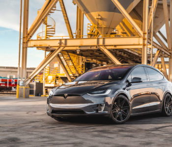 Midnight Silver Metallic Tesla Model X – ADV08 FLOWspec Wheels