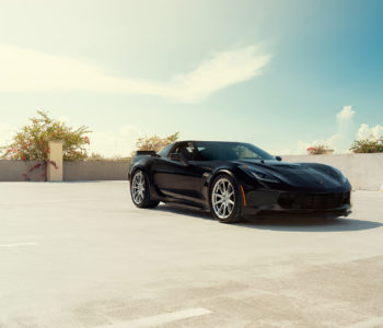 Black Chevrolet Corvette C7 Z06 - ADV5.0 FLOWspec Wheels in Platinum